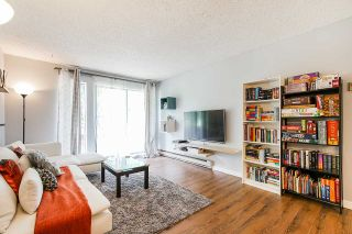 """Photo 4: 2 9584 MANCHESTER Drive in Burnaby: Cariboo Condo for sale in """"BROOKSIDE PARK"""" (Burnaby North)  : MLS®# R2376673"""
