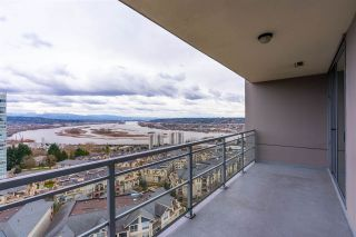 "Photo 3: 1703 280 ROSS Drive in New Westminster: Fraserview NW Condo for sale in ""THE CARLYLE AT VICTORIA HILL"" : MLS®# R2554815"