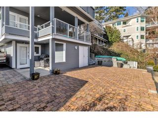 """Photo 11: 1324 HIGH Street: White Rock House for sale in """"West Beach"""" (South Surrey White Rock)  : MLS®# R2540194"""