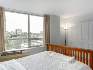 "Photo 12: 900 1570 W 7TH Avenue in Vancouver: Fairview VW Condo for sale in ""Terraces on 7th"" (Vancouver West)  : MLS®# R2532218"