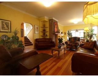 Photo 3: 429 E 6TH Street in North_Vancouver: Lower Lonsdale House for sale (North Vancouver)  : MLS®# V777007
