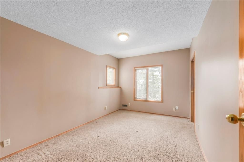 Photo 31: Photos: 2603 SIGNAL RIDGE View SW in Calgary: Signal Hill House for sale : MLS®# C4177922