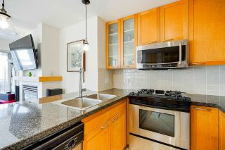 """Photo 9: 2006 989 RICHARDS Street in Vancouver: Downtown VW Condo for sale in """"The Mondrian I"""" (Vancouver West)  : MLS®# R2592338"""