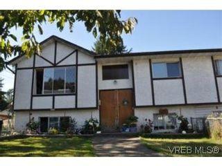Photo 3: 2830 Rita Rd in VICTORIA: La Langford Proper House for sale (Langford)  : MLS®# 550705