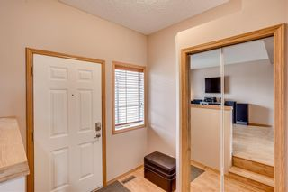 Photo 3: 67 EVERSYDE Circle SW in Calgary: Evergreen Detached for sale : MLS®# C4242781