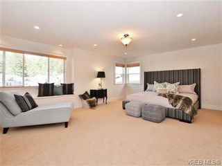 Photo 12: 2190 Stone Gate in VICTORIA: La Bear Mountain House for sale (Langford)  : MLS®# 742142