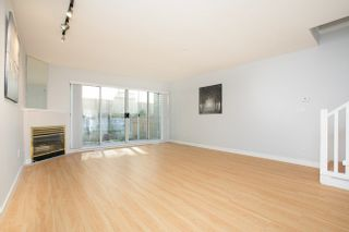 Photo 3: 8412 KEYSTONE STREET in Vancouver East: Home for sale : MLS®# R2395420