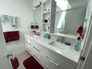 Photo 11: 5687 PARTRIDGE Way in Sechelt: Sechelt District House for sale (Sunshine Coast)  : MLS®# R2615051