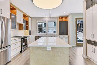 Photo 8: 4 3103 Washington Ave in : Vi Burnside House for sale (Victoria)  : MLS®# 870331