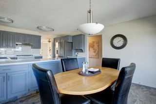 Photo 11: 68 Shawfield Way SW in Calgary: Shawnessy Detached for sale : MLS®# A1143071