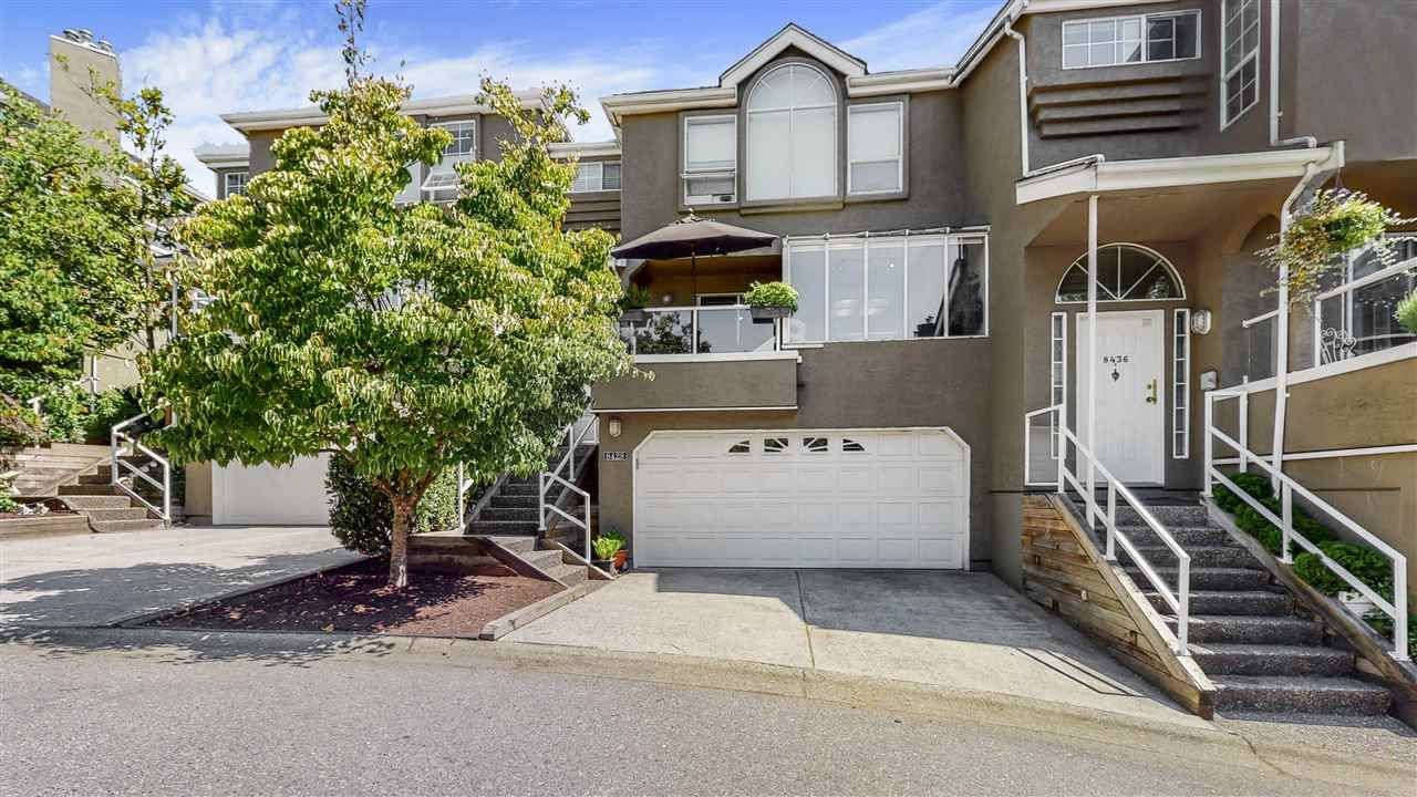 """Main Photo: 8428 QUAYSIDE Court in Vancouver: South Marine Townhouse for sale in """"RIVERSIDE QUAY"""" (Vancouver East)  : MLS®# R2521153"""