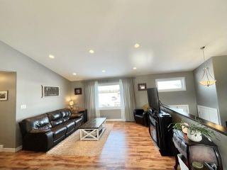 Photo 3: 1047 Stickle Avenue in Carberry: R36 Residential for sale (R36 - Beautiful Plains)  : MLS®# 202104595