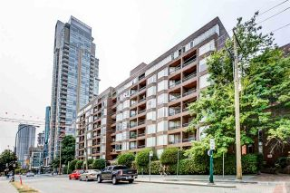 """Photo 16: 109 950 DRAKE Street in Vancouver: Downtown VW Condo for sale in """"ANCHOR POINT"""" (Vancouver West)  : MLS®# R2401708"""
