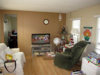 Photo 3: 24 21163 LOUGHEED Highway in Maple Ridge: Southwest Maple Ridge Manufactured Home for sale : MLS®# R2297032