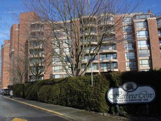 """Photo 1: 312 1490 PENNYFARTHING Drive in Vancouver: False Creek Condo for sale in """"THREE HARBOUR COVE"""" (Vancouver West)  : MLS®# V870405"""