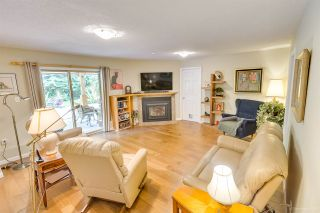 """Photo 18: 3655 LYNNDALE Crescent in Burnaby: Government Road House for sale in """"Government Road Area"""" (Burnaby North)  : MLS®# R2388114"""