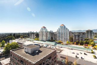 """Photo 1: 1505 615 BELMONT Street in New Westminster: Uptown NW Condo for sale in """"BELMONT TOWERS"""" : MLS®# R2516809"""