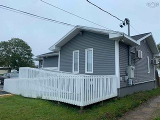 Photo 2: 81 Reserve Street in Glace Bay: 203-Glace Bay Commercial  (Cape Breton)  : MLS®# 202125209