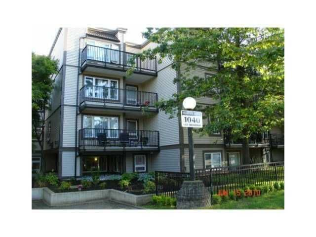 """Main Photo: # 109 1040 E BROADWAY BB in Vancouver: Mount Pleasant VE Condo for sale in """"MARINERS MEWS"""" (Vancouver East)  : MLS®# V901306"""