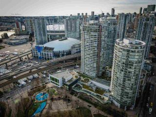 """Photo 21: 806 58 KEEFER Place in Vancouver: Downtown VW Condo for sale in """"Firenze"""" (Vancouver West)  : MLS®# R2552161"""