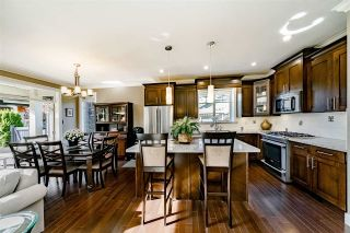 """Photo 6: 58 350 174 Street in Surrey: Pacific Douglas Townhouse for sale in """"The Greens"""" (South Surrey White Rock)  : MLS®# R2399792"""