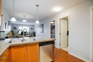 "Photo 6: PH2 2373 ATKINS Avenue in Port Coquitlam: Central Pt Coquitlam Condo for sale in ""Carmandy"" : MLS®# R2545305"