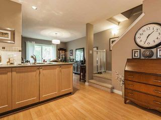 """Photo 6: 135 15168 36 Avenue in Surrey: Morgan Creek Townhouse for sale in """"SOLAY"""" (South Surrey White Rock)  : MLS®# F1406859"""