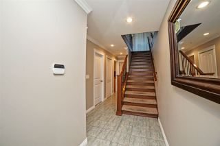 Photo 2: 8627 TUPPER Boulevard in Mission: Mission BC House for sale : MLS®# R2316810