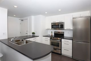 """Photo 7: 2106 1331 W GEORGIA Street in Vancouver: Coal Harbour Condo for sale in """"THE POINTE"""" (Vancouver West)  : MLS®# R2555682"""