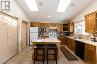 Photo 16: 332 15 Street N in Lethbridge: House for sale : MLS®# A1114555