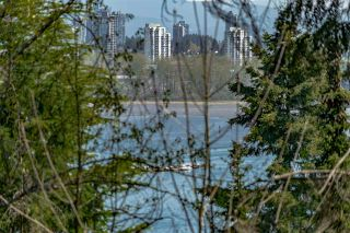 """Photo 28: 522 CARDIFF Way in Port Moody: College Park PM Townhouse for sale in """"EASTHILL"""" : MLS®# R2568000"""