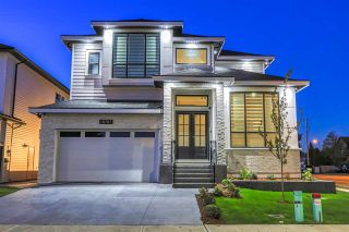 """Photo 2: 18787 62A Avenue in Surrey: Cloverdale BC House for sale in """"Eagle Crest"""" (Cloverdale)  : MLS®# R2474104"""