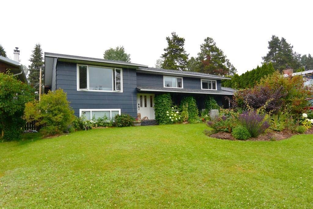 """Main Photo: 4042 9TH Avenue in Smithers: Smithers - Town House for sale in """"Walnut Park"""" (Smithers And Area (Zone 54))  : MLS®# R2487827"""