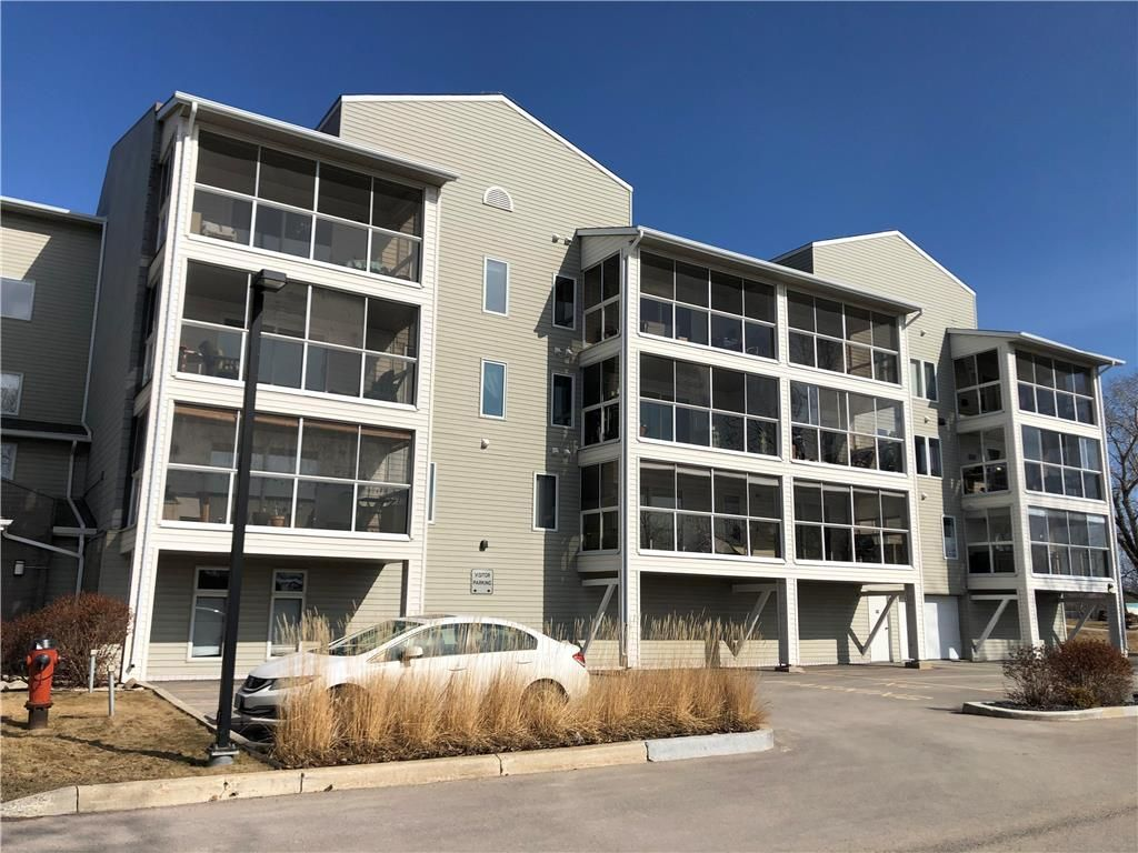 Main Photo: 110 70 Dunkirk Drive in Winnipeg: St Vital Condominium for sale (2C)  : MLS®# 202105534