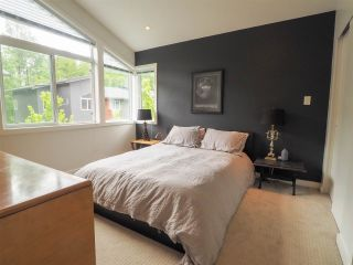 "Photo 16: 9 41488 BRENNAN Road in Squamish: Brackendale 1/2 Duplex for sale in ""RIVENDALE"" : MLS®# R2457979"