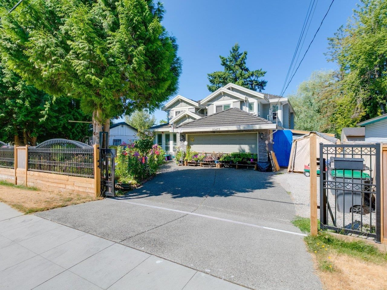 Main Photo: 10475 138A Street in Surrey: Whalley House for sale (North Surrey)  : MLS®# R2606239