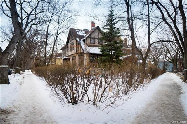 Main Photo: 140 Canora Street in Winnipeg: Wolseley Residential for sale (5B)  : MLS®# 1803833