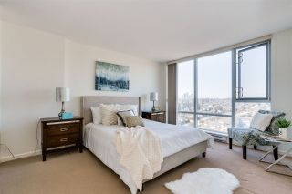 """Photo 11: 1703 720 HAMILTON Avenue in New Westminster: Uptown NW Condo for sale in """"Generations"""" : MLS®# R2447209"""