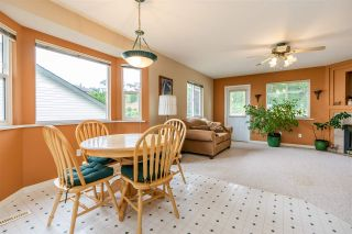 """Photo 14: 7947 TOPPER Drive in Mission: Mission BC House for sale in """"College Heights"""" : MLS®# R2381617"""