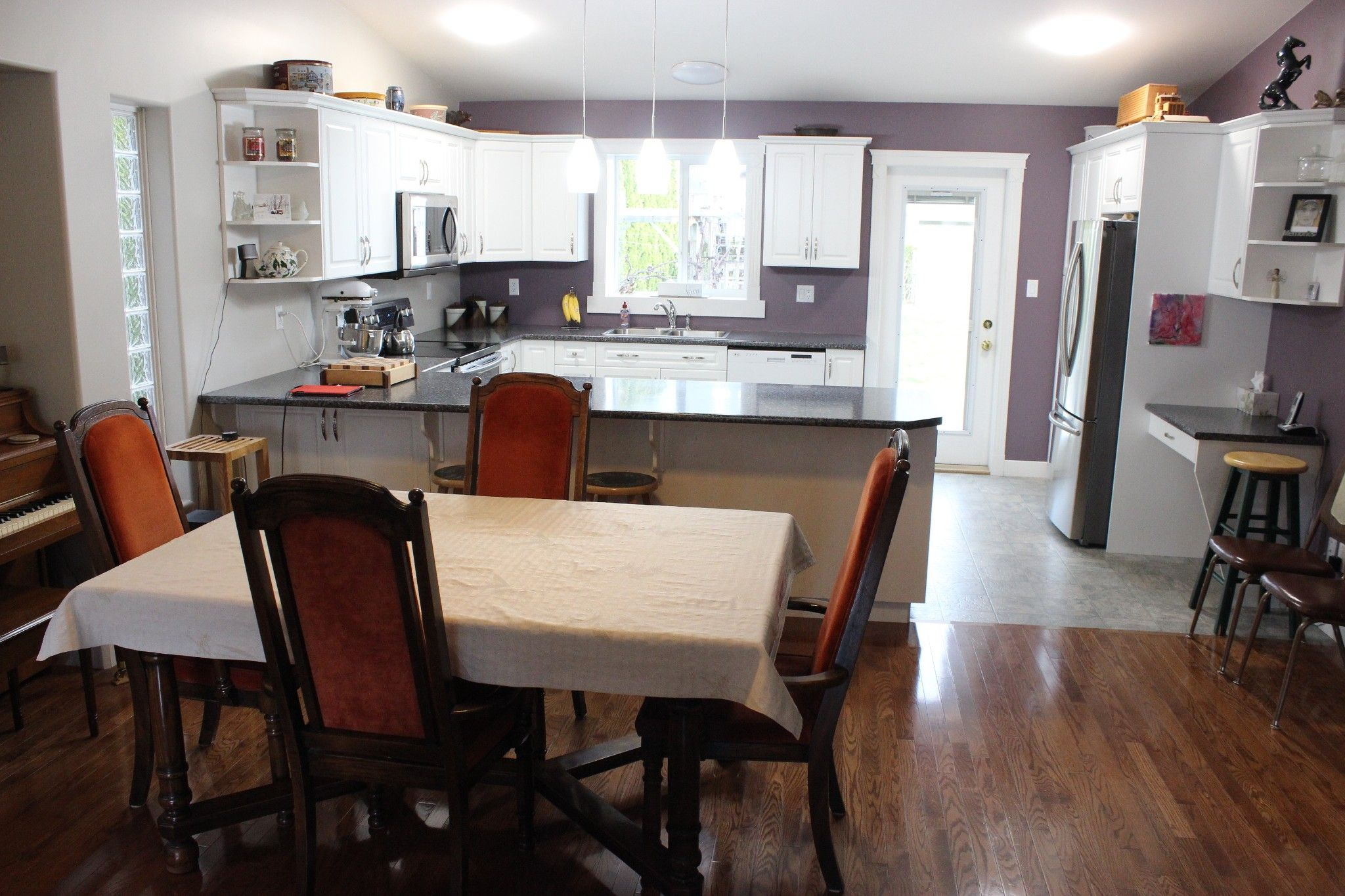 Photo 4: Photos: 351 Juniper Street in Chase: House for sale : MLS®# 151124