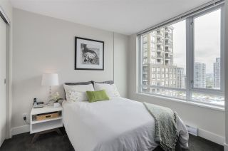 Photo 8: 1701 1088 Richards Street in Vancouver: Yaletown Condo for sale (Vancouver West)