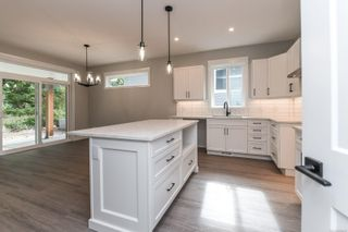 Photo 4: 3 2880 Arden Rd in : CV Courtenay City House for sale (Comox Valley)  : MLS®# 886492