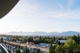 Photo 13: 1404 6622 SOUTHOAKS Crescent in Burnaby: Highgate Condo for sale (Burnaby South)  : MLS®# R2501422