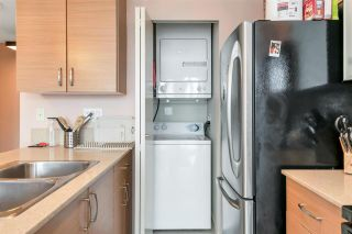 """Photo 11: 3407 909 MAINLAND Street in Vancouver: Yaletown Condo for sale in """"Yaletown Park II"""" (Vancouver West)  : MLS®# R2593394"""