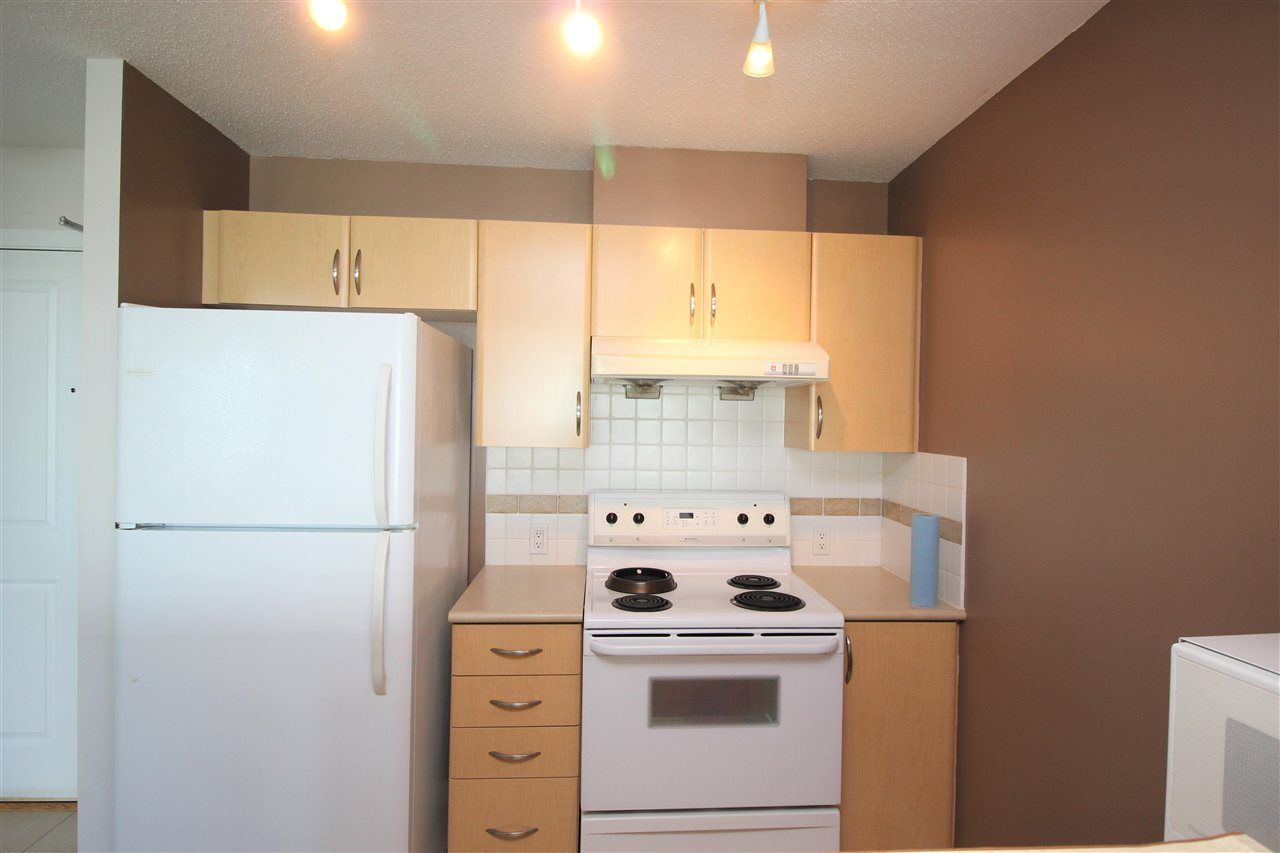 """Photo 7: Photos: 1005 6659 SOUTHOAKS Crescent in Burnaby: Highgate Condo for sale in """"Gemini II"""" (Burnaby South)  : MLS®# R2591130"""