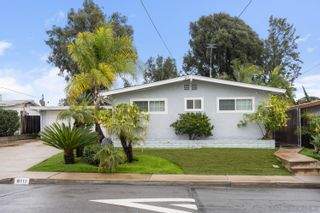 Photo 1: LA MESA House for sale : 3 bedrooms : 6111 Howell Dr