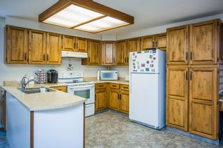 Photo 6: 5300 GRAVES Road in Prince George: North Blackburn House for sale (PG City South East (Zone 75))  : MLS®# R2620046