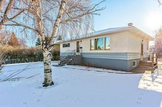 Photo 2: 223 41 Avenue NW in Calgary: Highland Park Detached for sale : MLS®# C4287218