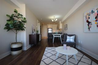 """Photo 4: 315 55 EIGHTH Avenue in New Westminster: GlenBrooke North Condo for sale in """"Eight West"""" : MLS®# R2398195"""