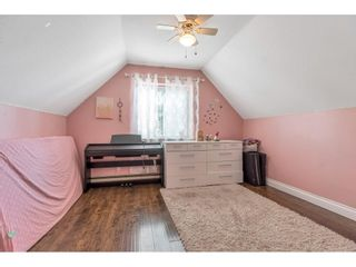 """Photo 14: 18063 60 Avenue in Surrey: Cloverdale BC House for sale in """"Cloverdale"""" (Cloverdale)  : MLS®# R2575955"""